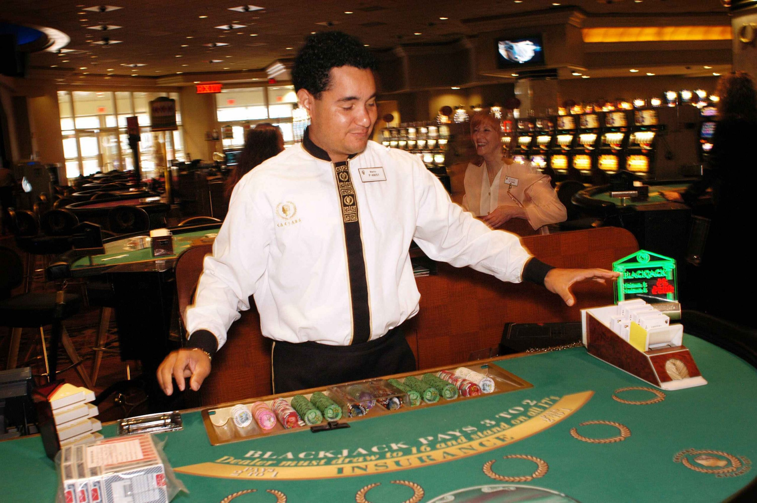 Having A Great Time With Several Types Of Online Casino Slots - Gambling