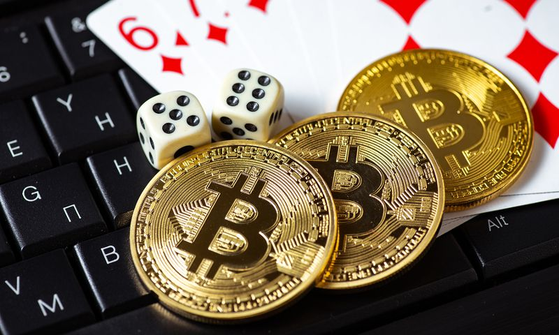 Breaking Online Poker Myths Gambling