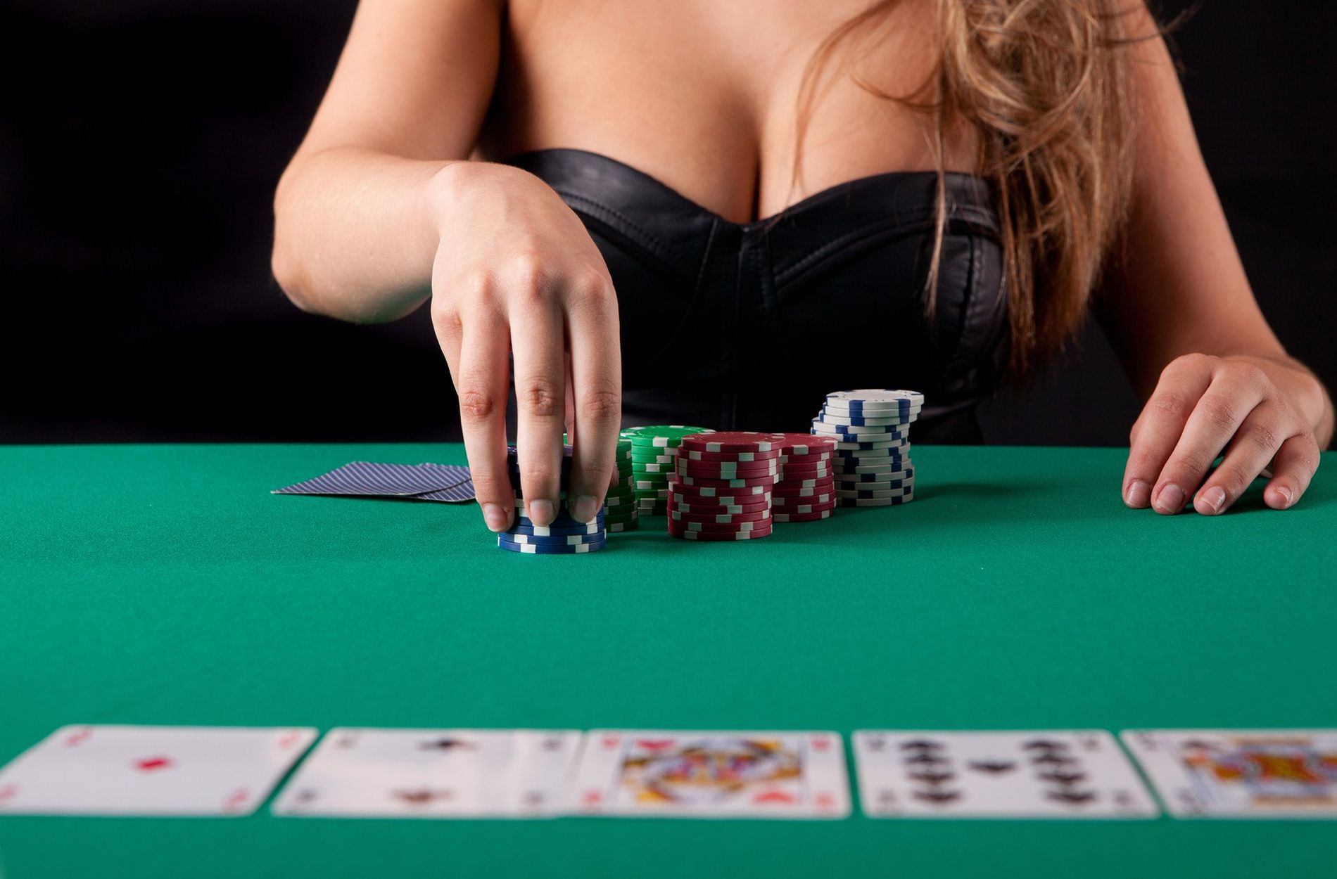 Efficient Methods For Gambling That You Should Use Beginning In The Present Day